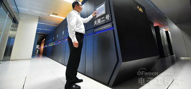 2015年电子行业十大新闻盘点