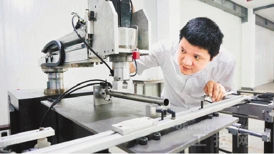 机器人生产