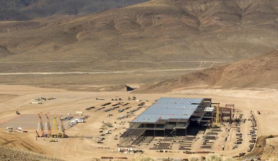 特斯拉超级电池工厂承载了什么目标?