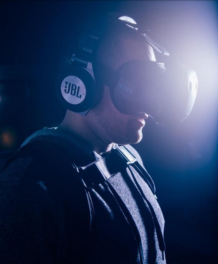 全力押注,IMAX 要在 VR 上再续电影业的成功