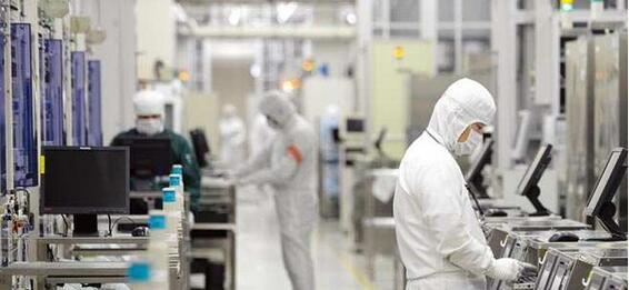 中国半导体产业发展面临内外夹攻