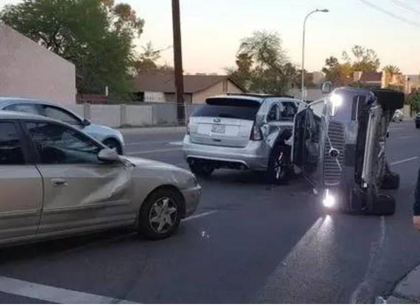 Uber无人驾驶发生严重车祸 将暂停自动驾驶测试项目
