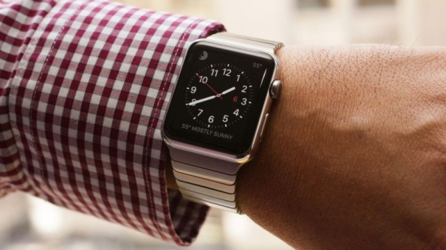 认真分析下 苹果和谷歌的智能手表系统到底哪个好?