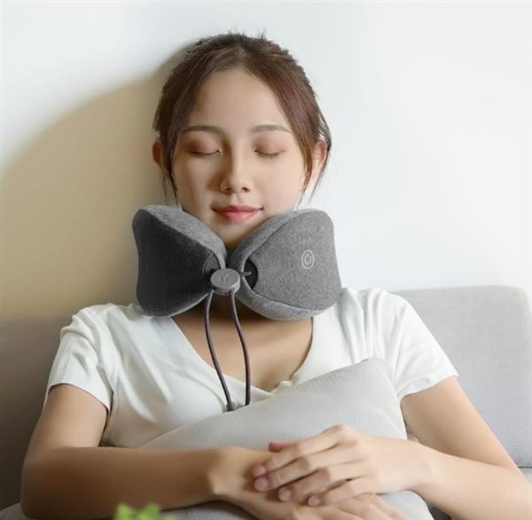 有品上架乐范按摩助眠颈枕:10分钟入眠
