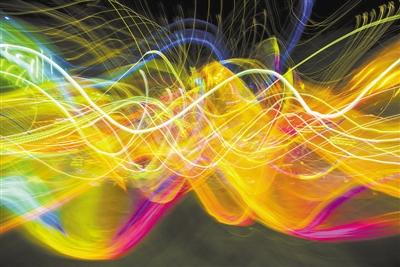 量子世界中 波函数到底是数学描述还是实体