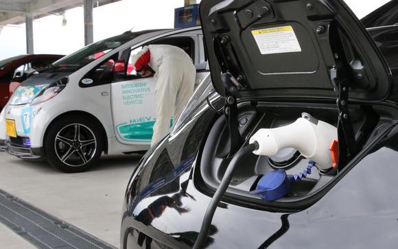 日本考虑放宽限制 或将允许加油站安装充电桩