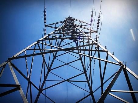 隆林供电开展隐患排查治理确保电网安全