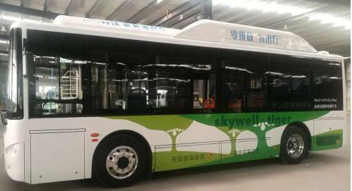 武汉造氢能源汽车跑1公里只需0.1元