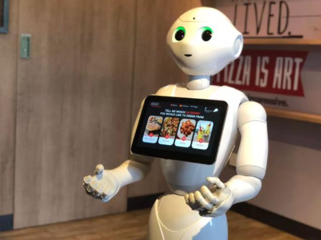 软银机器人Pepper上岗必胜客,顾客可通过机器人预订披萨