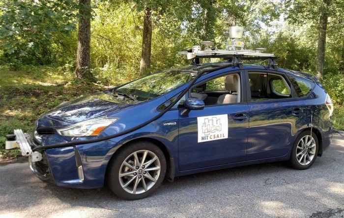 麻省理工学院自驾车技术仅使用GPS和传感器进行导航