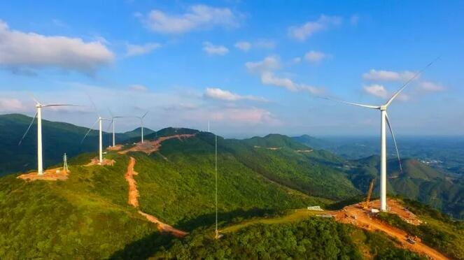 国投浦北龙门风电场一期工程首台机组并网发电