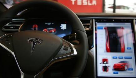 """特斯拉:Autopilot 9.0将实现""""完全自动驾驶"""""""