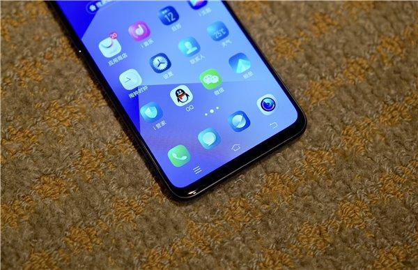 无刘海配上升降式摄像头 vivo NEX是目前最具未来感的智能手机