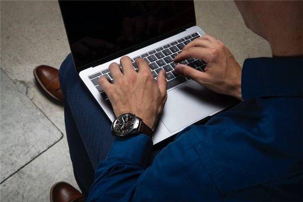 超长续航30天 出门问问旗舰智能手表TicWatch Pro现货发售