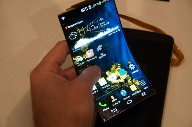 折叠屏手机离我们还有多远?三星可折叠手机电池曝光