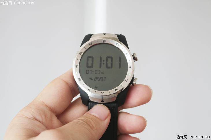 脱离手机依然强大,TicWatch Pro智能手表测评