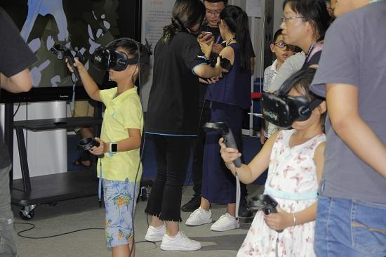 寓教于乐,用VR科技激发孩子的创造力