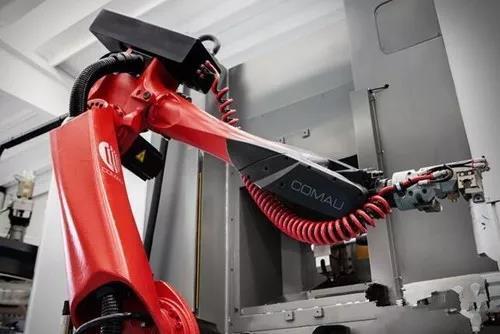 开价20亿欧元 FCA要卖掉旗下柯马机器人公司