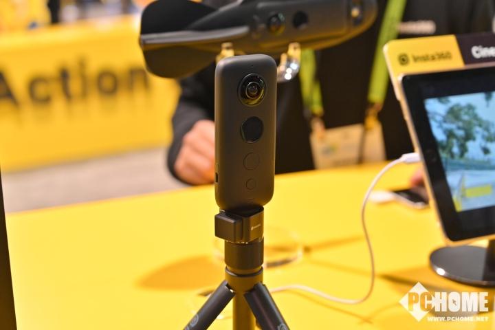 Insta360发布全新VR摄影机 八镜头全景录制