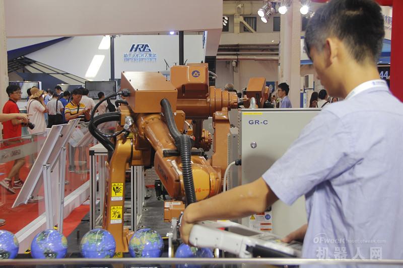 东莞《制造时代》登陆央视,工业机器人成中国智能化发展核心