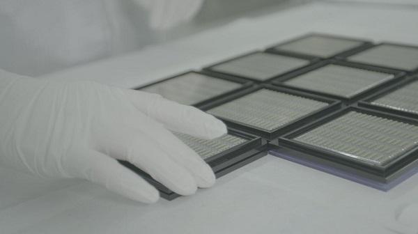 长光华芯生产的高能激光芯片