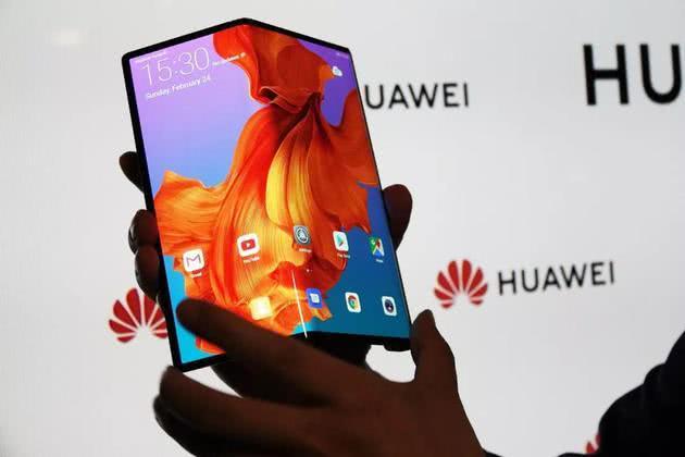 华为将发布首款5G智能手机,苹果新款AirPod或将支持防水功能