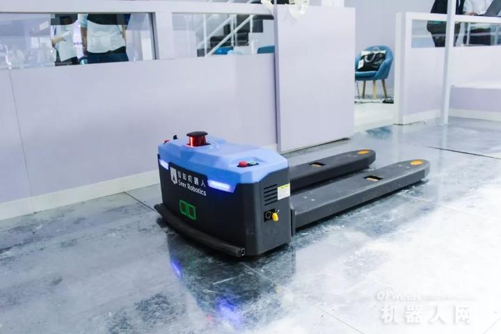仙知机器人:用技术推动市场,用实力打动客户