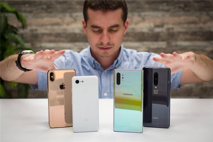 PhoneArena:苹果、三星、索尼、LG手机哪个最保值?