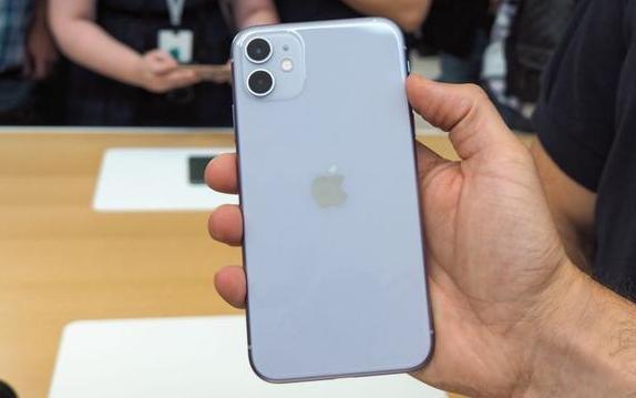 iPhone 11如此热销,苹果明年加足马力发展5G版!