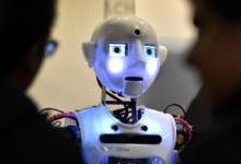 在人工智能时代,人脑不应该和电脑PK?