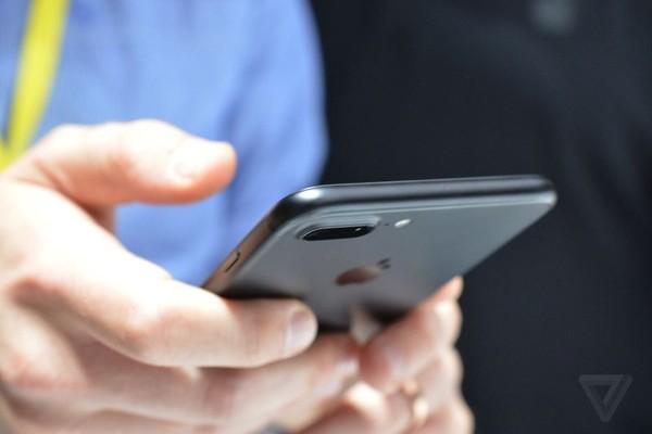 iPhone7评测:没有新鲜感的升级值得买吗?